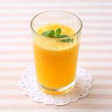 ミント風味のオレンジのサワードリンク