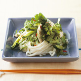 ささみときゅうり、香菜の混ぜ麺