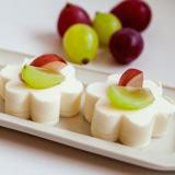 ミルクの器 季節のフルーツ添え