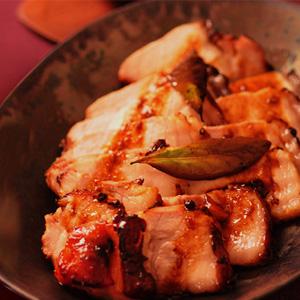 みやじ豚のオーブン焼き 鵠沼魚醤風味