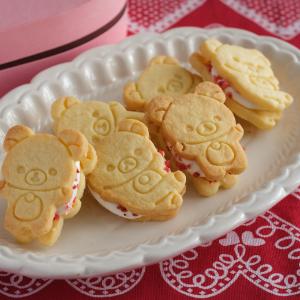 コリラックマクッキーのマシュマロサンド